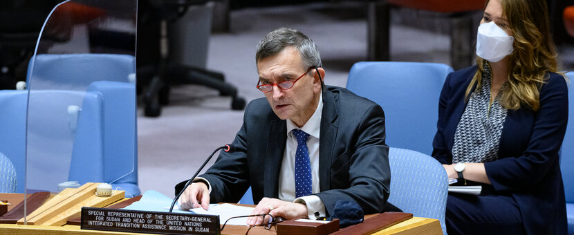 SRSG Perthes briefing the Security Council